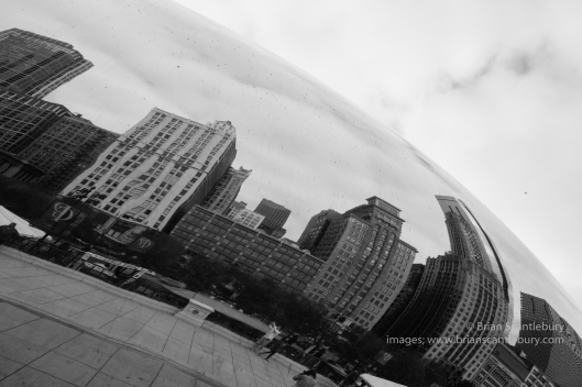 The Cloud Gate, sculpture in Chicago's Millennium Park, Illinois